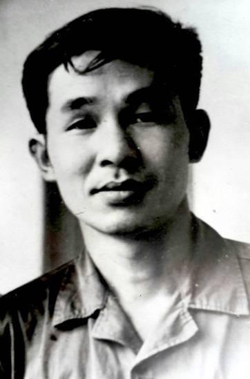nhà văn Bùi Bình Thi