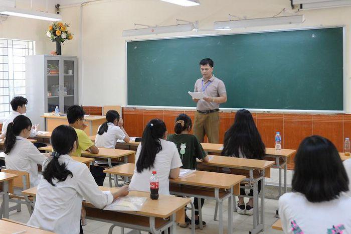 Đào tạo tiếng anh giao tiếp tại trung tâm giáo dục thường xuyên
